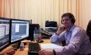 Tonmeister Thomas Liebmann seinem Studio in Weimar im November 2012 bei der Arbeit zur CD